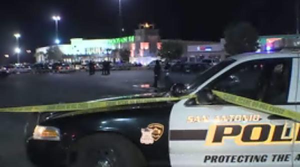 Shooting scare: Off-duty deputy halts gunman in theater lobby